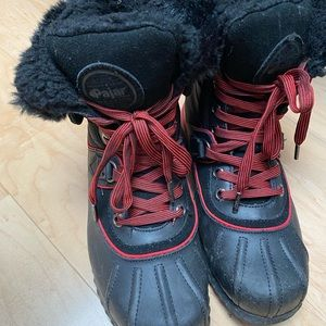 Pajar boots size 8